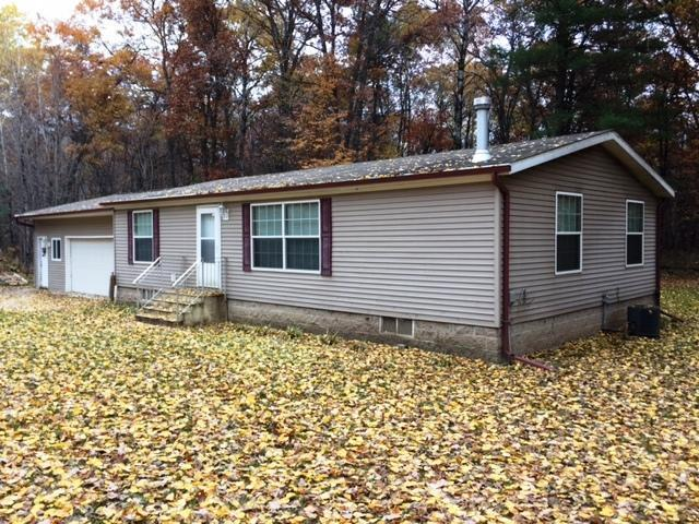 N12022 Marbou Ln, Silver Cliff, WI 54104