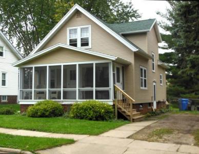 228 N Maple St, Watertown, WI 53094