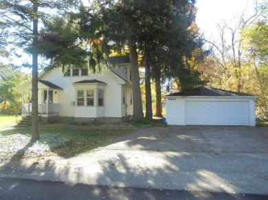 W1379 Honeysuckle Rd, Bloomfield, WI 53157