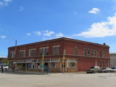 Photo of 101 E Mitchell St, Milwaukee, WI 53204
