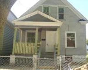3265 N 10th St, Milwaukee, WI 53206