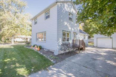 306 S 5th Ave, Walworth, WI 53184