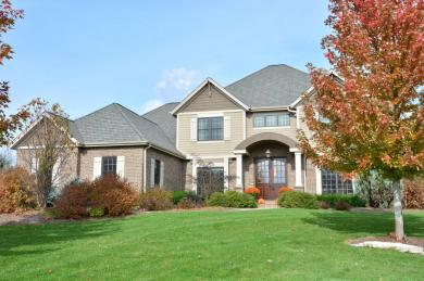 11563 N Creekside Ct., Mequon, WI 53092