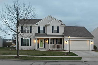 3525 Rivers Crossing Dr, Waukesha, WI 53189