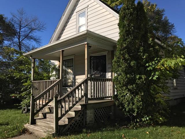 1632 Murray Ave, Racine, WI 53403
