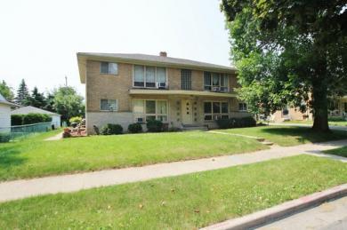 3215 W Iona Trl, Milwaukee, WI 53221