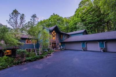 Photo of 5435 Bauers Dr, West Bend, WI 53095