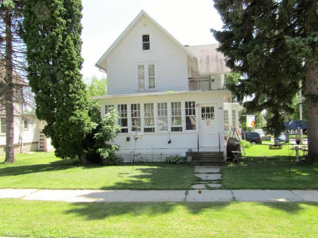 327 Front St, Beaver Dam, WI 53916