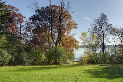 Photo of 4866 Hewitts Point Rd, Oconomowoc Lake, WI 53066