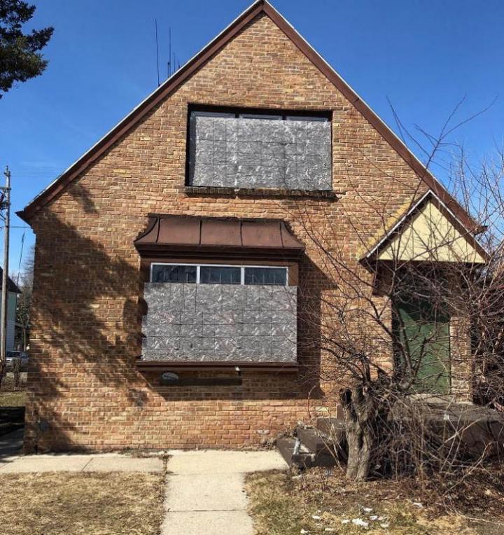 4739 N Hopkins St, Milwaukee, WI 53209
