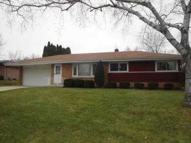1800 Oak St, South Milwaukee, WI 53172