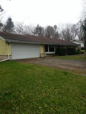 Photo of 509 Green Bay Rd, Thiensville, WI 53092