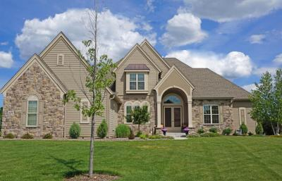 Photo of 4690 Bradon Trl E, Brookfield, WI 53045