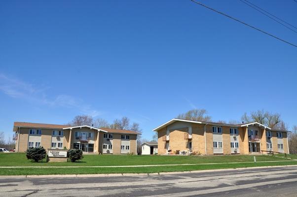 406 N Terrace St #410, Delavan, WI 53115