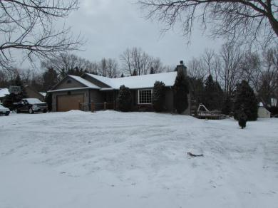 1419 Maple Dr, Richfield, WI 53033