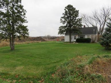 19555 W Lincoln Ave, New Berlin, WI 53146