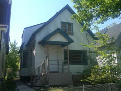 3009 N 14th St, Milwaukee, WI 53206