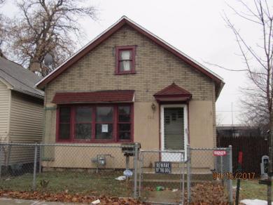 725 S 34th St, Milwaukee, WI 53215