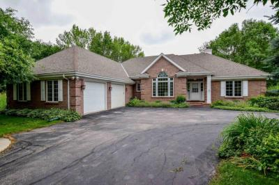 Photo of 2008 Lake Shore Rd, Grafton, WI 53024