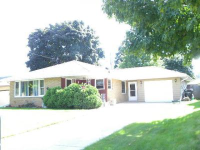 Photo of 1851 Elm Ave, South Milwaukee, WI 53172