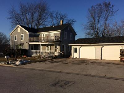 Photo of 328 Mill St, Howards Grove, WI 53083