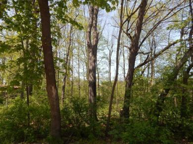 317 W Lake Dr., Random Lake, WI 53075