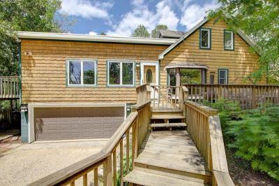 Photo of 1354 W Green Lake Dr, Farmington, WI 53090