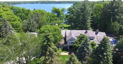 Photo of 4886 Hewitts Point Rd, Oconomowoc Lake, WI 53066