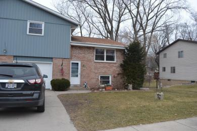 1222 N 9th Ave, West Bend, WI 53090