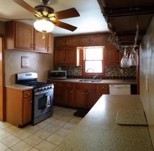 2312 91st St, Pleasant Prairie, WI 53143