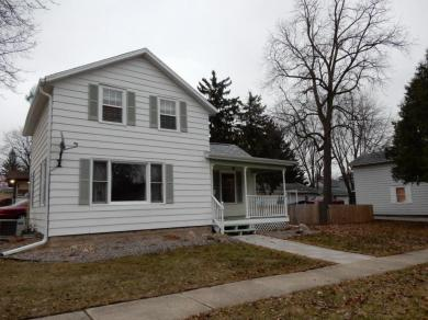 115 N Monroe St, Watertown, WI 53094