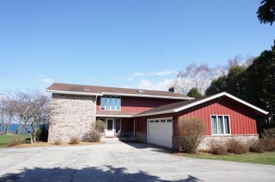 Photo of 1218 Noridge Trl, Port Washington, WI 53074