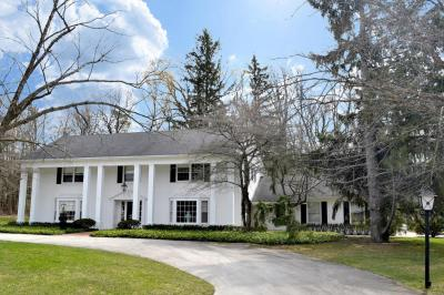 Photo of 1221 E Donges Ct, Bayside, WI 53217