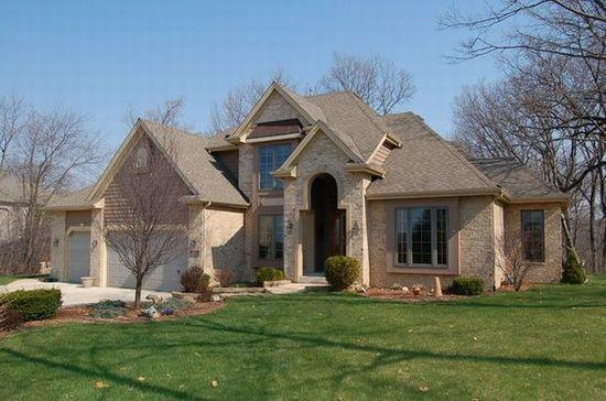 30748 Royal Hill Rd, Rochester, WI 53105
