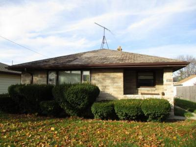 Photo of 2706 E Armour Ave, St Francis, WI 53235