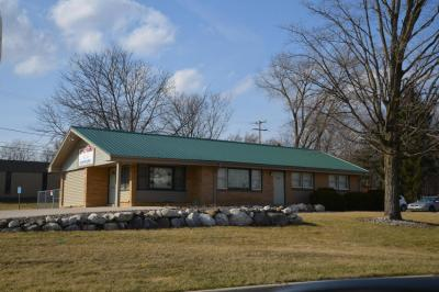 Photo of 21400 W Greenfield Ave, New Berlin, WI 53146