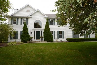 Photo of 304 Beech Dr, Plymouth, WI 53073