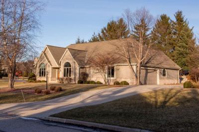 Photo of 7520 S Sanctuary Rd, Franklin, WI 53132