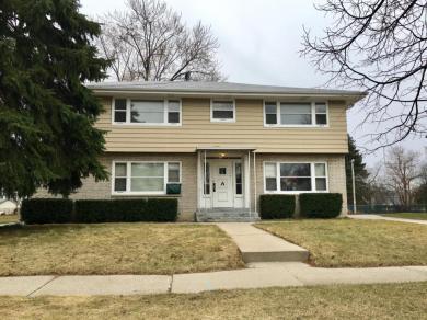7241 W Lakefield Dr, Milwaukee, WI 53219