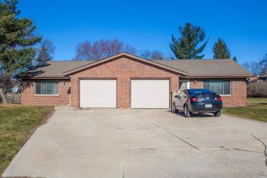 209 Misty Meadows Blvd #211, Hartford, WI 53027