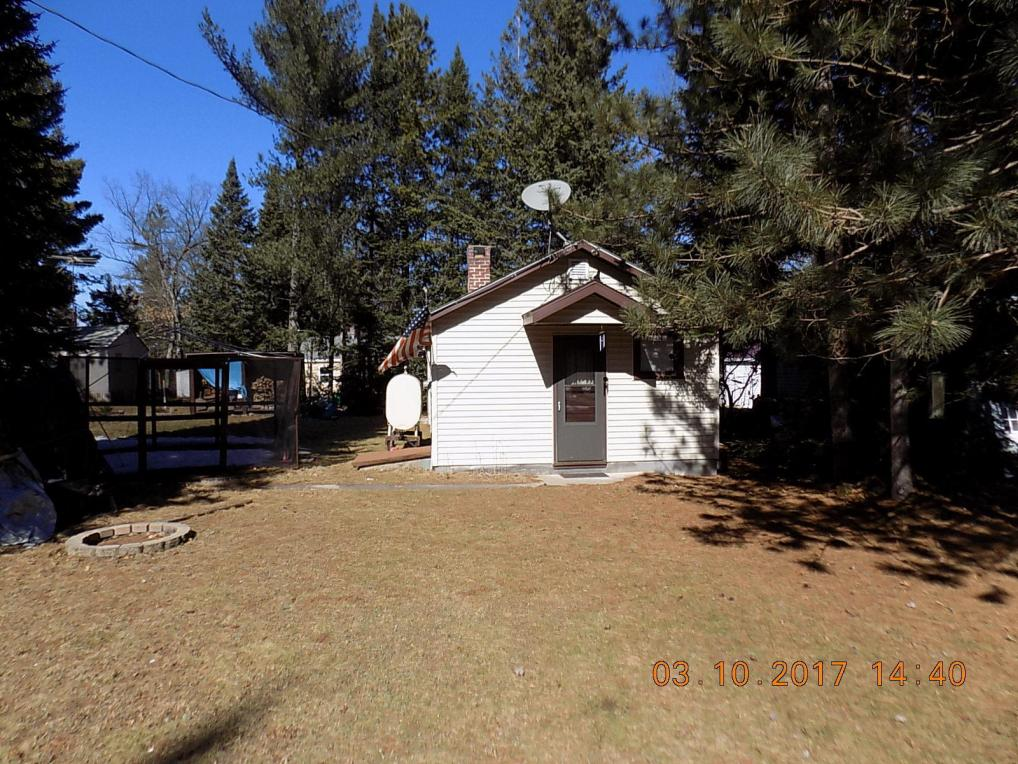 11896 Schmidt Ln, Riverview, WI 54114