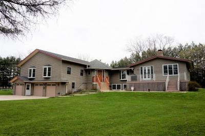 Photo of 38317 Sunset Dr, Summit, WI 53066