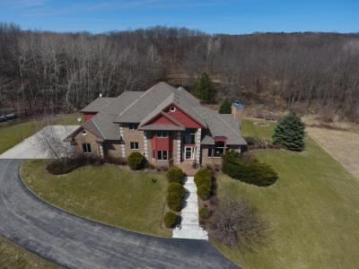 Photo of 5986 Donegal Rd, Erin, WI 53033