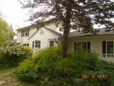 Photo of 1615 W County Line Rd, River Hills, WI 53217