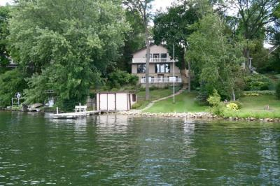 Photo of 5981 Artist Bay Rd, West Bend, WI 53095