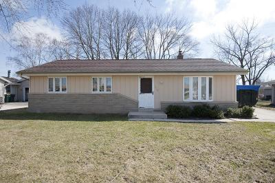 Photo of 212 S Mayfair Dr, Saukville, WI 53080