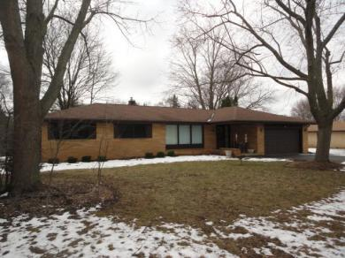 12865 Burleigh Road, Brookfield, WI 53005