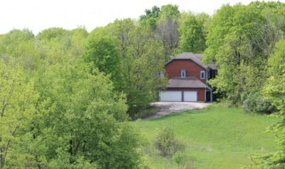 Photo of 6439 Saint Patrick Ln, Erin, WI 53027