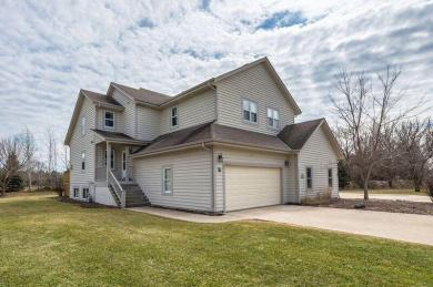 N27W26410 Christian Ct East, Pewaukee, WI 53072