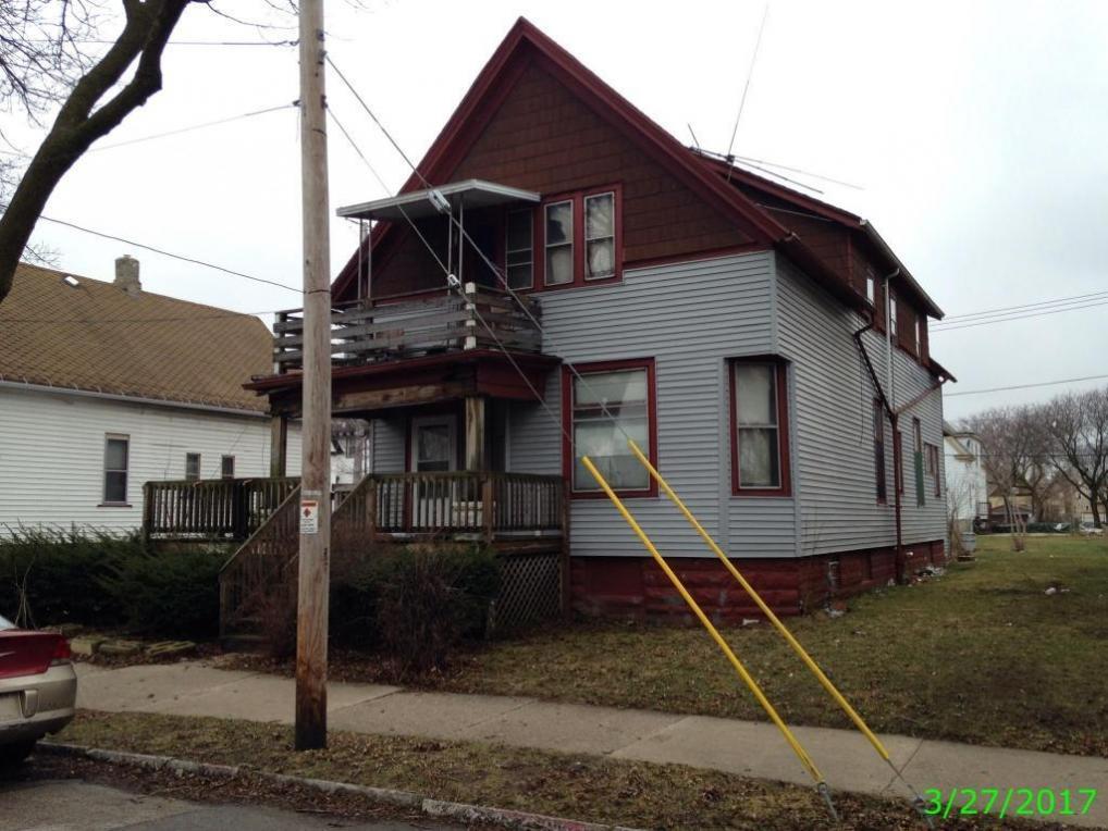 3121 N 10th St, Milwaukee, WI 53206